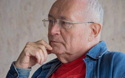 Леонид Кроль: «Я умею гадать по руке»